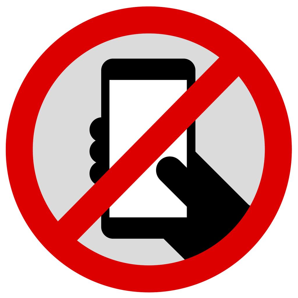 prohibido celular